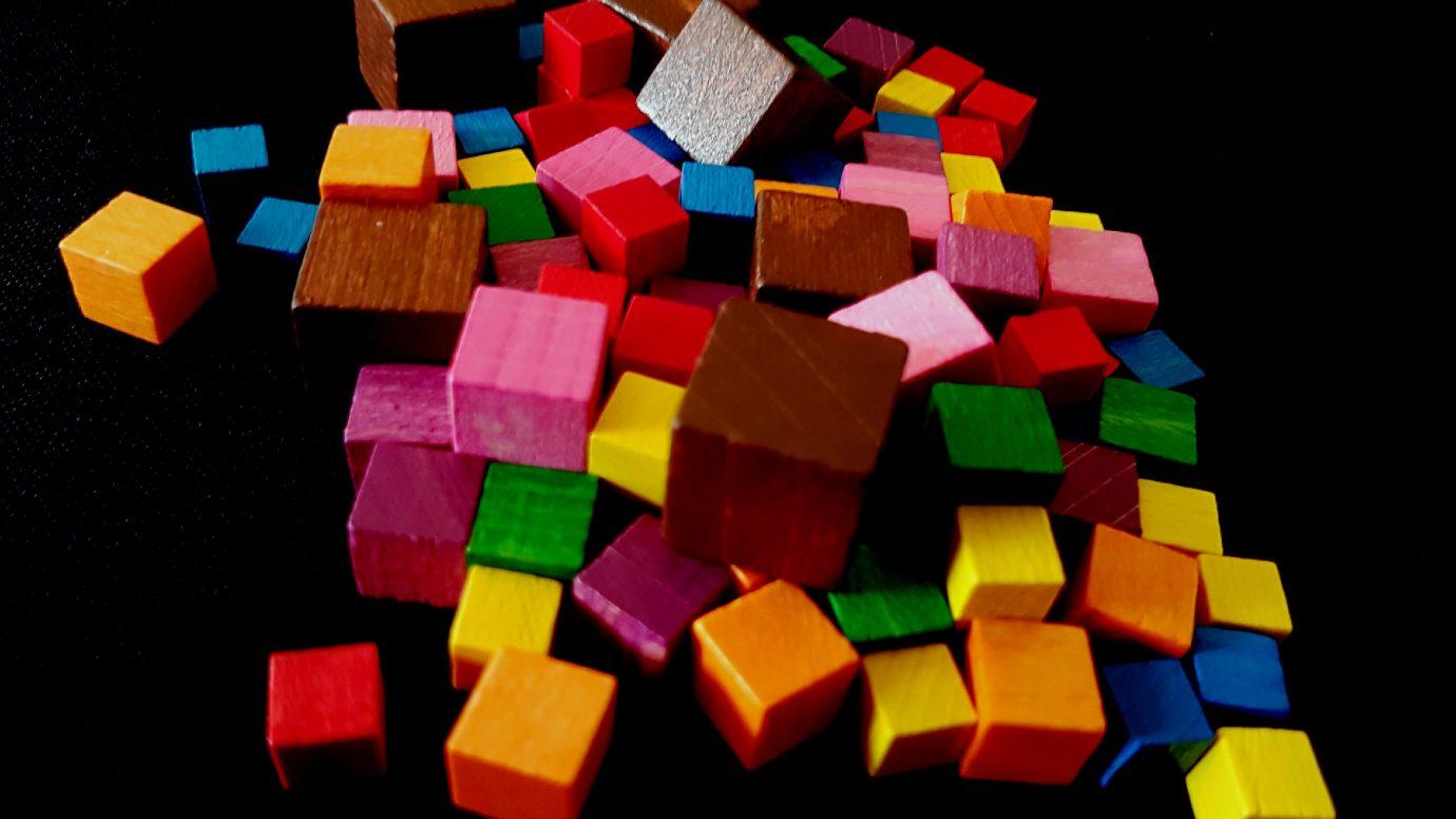 Paint cubes