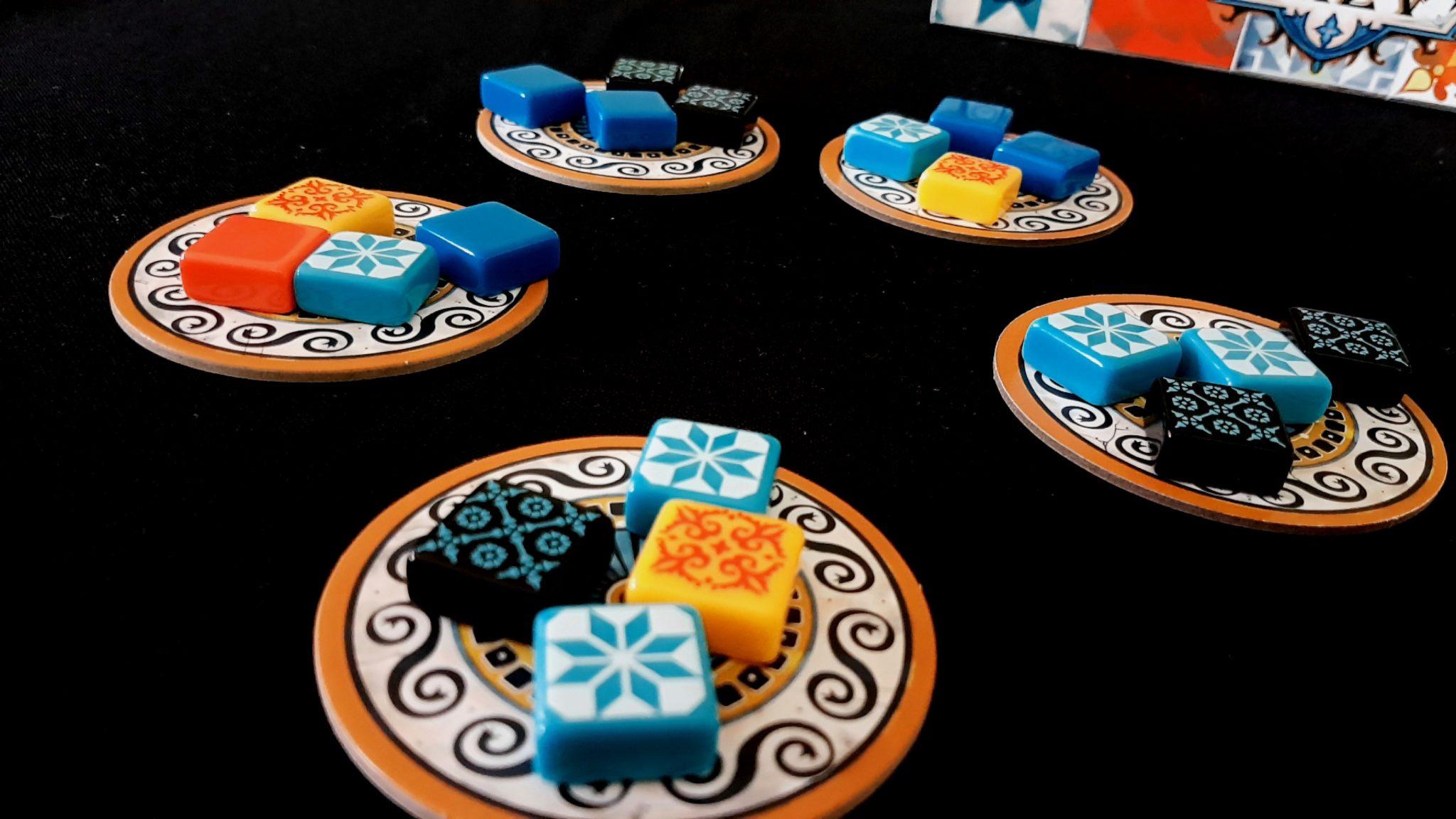 Azul factory displays