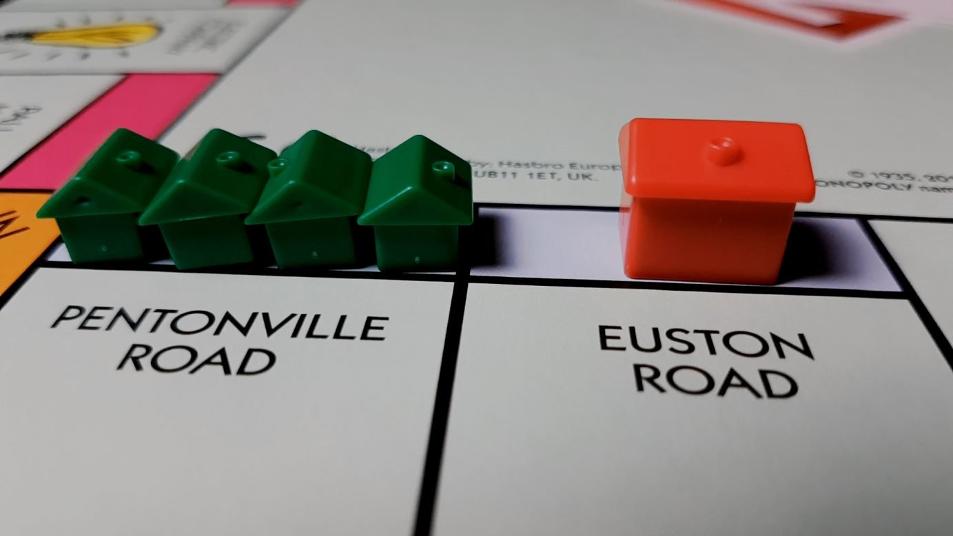 Houses vs hotels