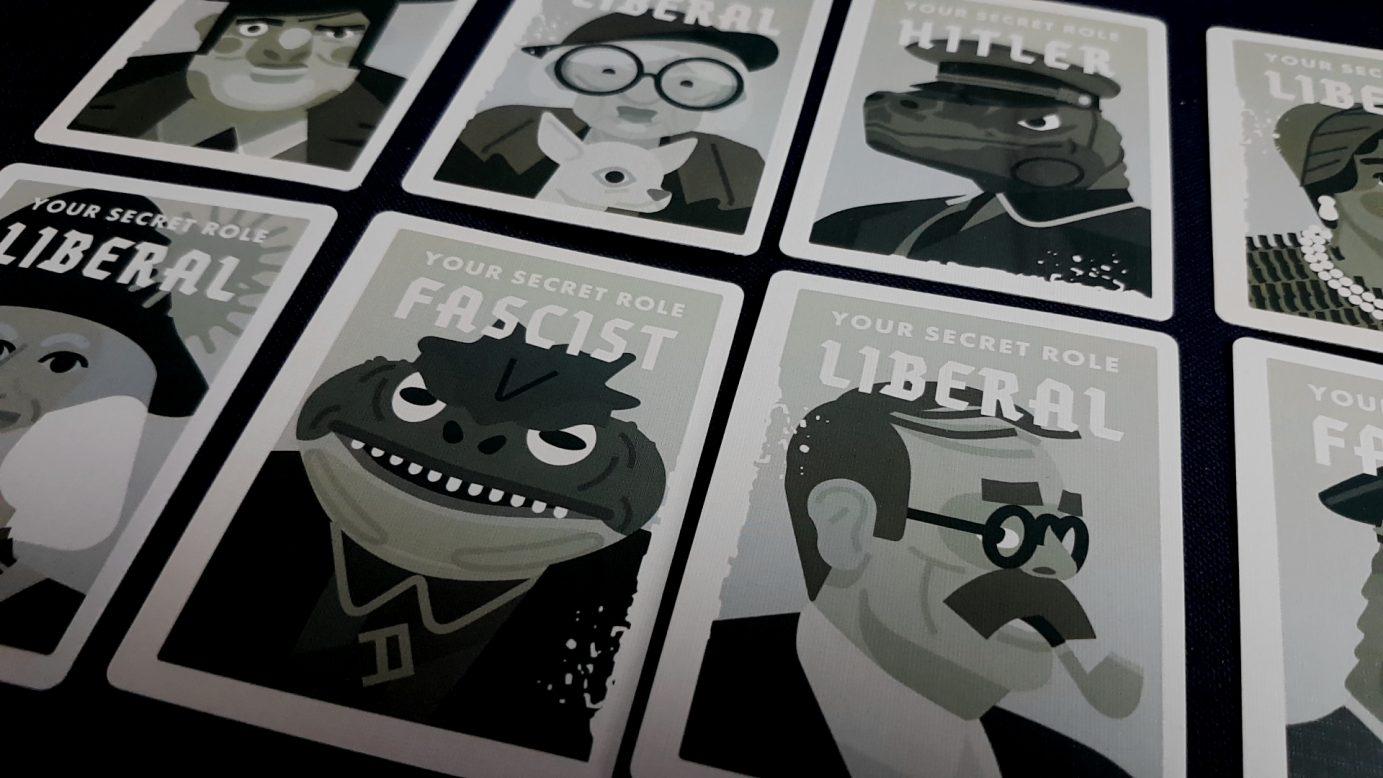 Cards in Secret Hitler