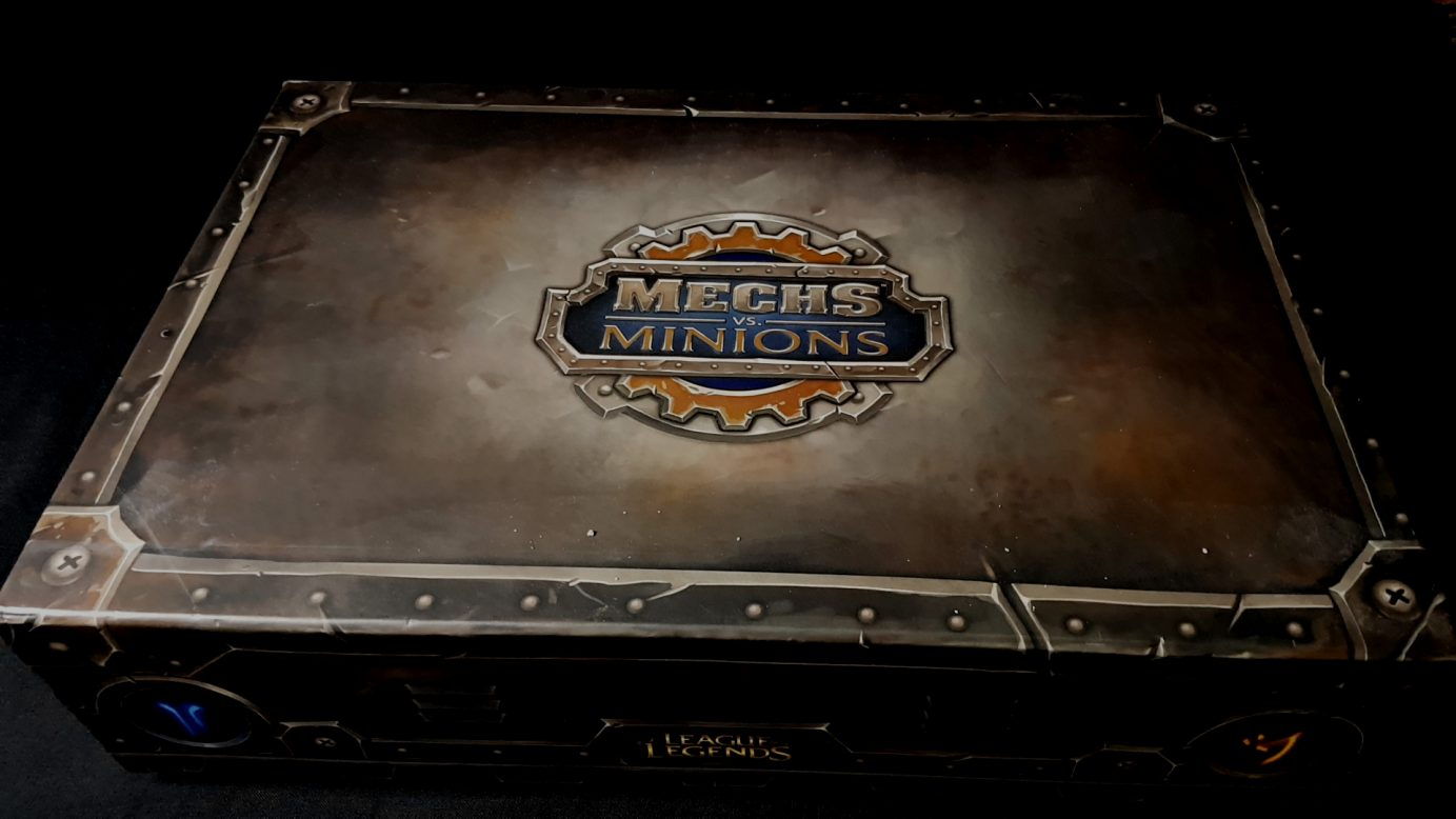 Mechs vs Minions box
