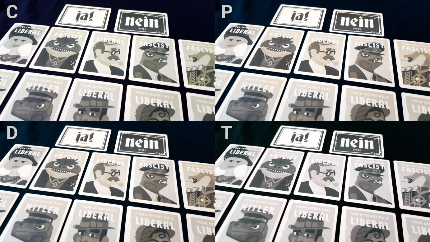 Colour blindness on role cards for Secret Hitler