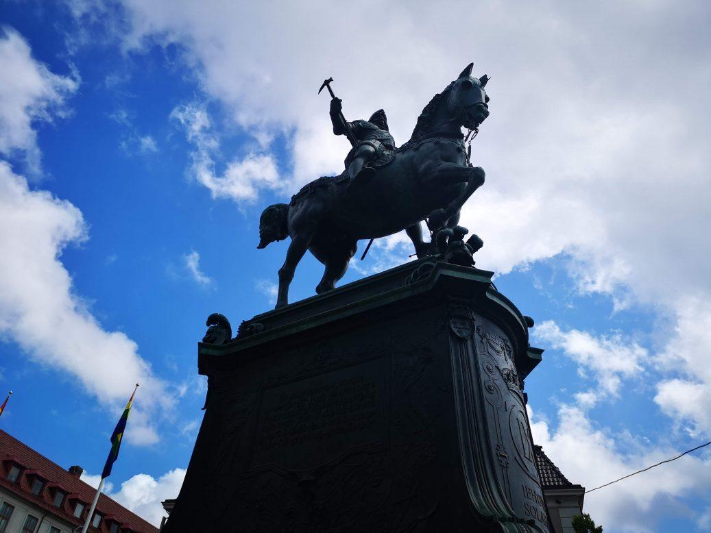 Statue in Sweden