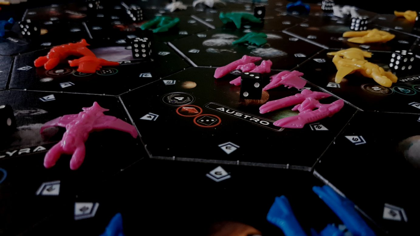 Pieces on a hex in Exodus Proxima Centauri